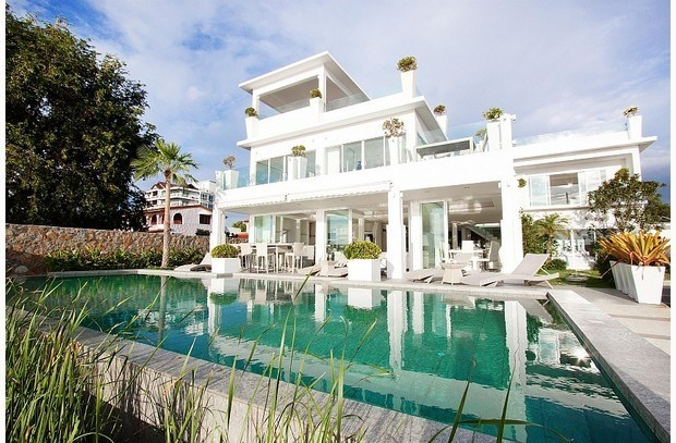 Pattaya   Beachfront Luxury 7 Bedroom Villa With Private Pool Design
